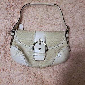 VINTAGE COACH LEATHER MINI PURSE WHITE